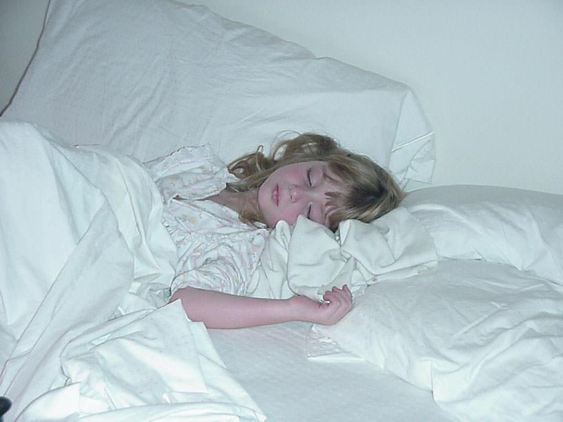 EmSleeps_5_00