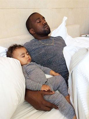 KanyeandNorthCouch
